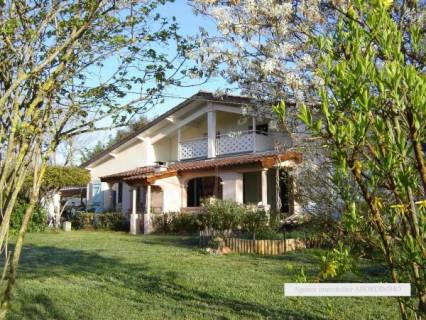Property for sale Valeyrac Gironde