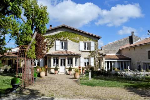 Property for sale Montignac-Charente Charente