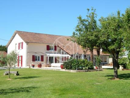 Property for sale Bouresse Vienne