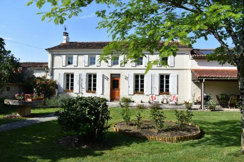 Property for sale Matha Charente-Maritime