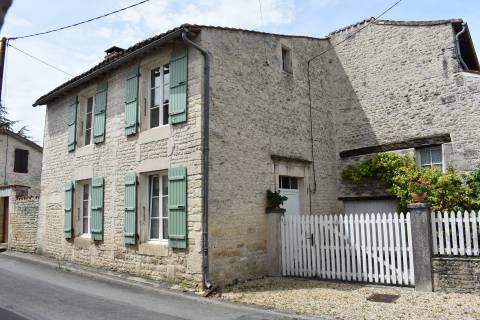 Property for sale Néré Charente-Maritime