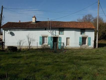Property for sale Sommières-du-Clain Vienne