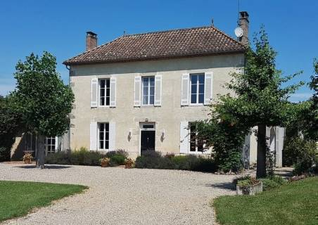Property for sale Sauveterre-de-Guyenne Gironde