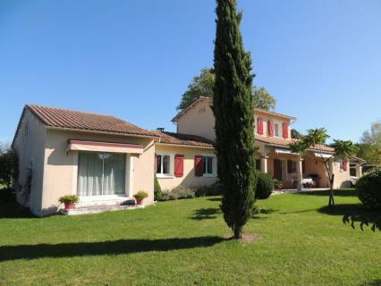 Property for sale Verteillac Dordogne
