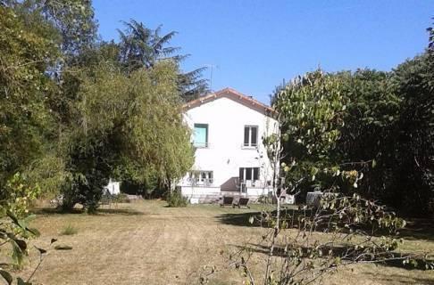Property for sale Saint-Angeau Charente