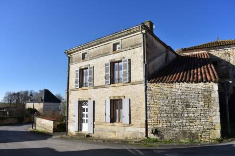Property for sale Aulnay Charente-Maritime