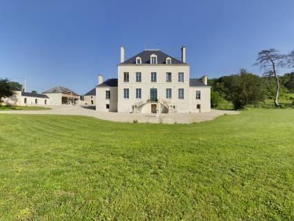 Property for sale Rivarennes Indre