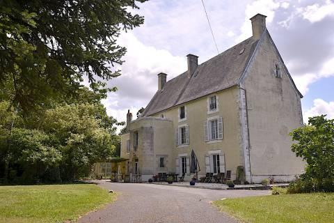 Property for sale Chef-Boutonne Deux-Sevres