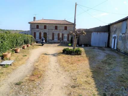Property for sale Mirambeau Charente-Maritime