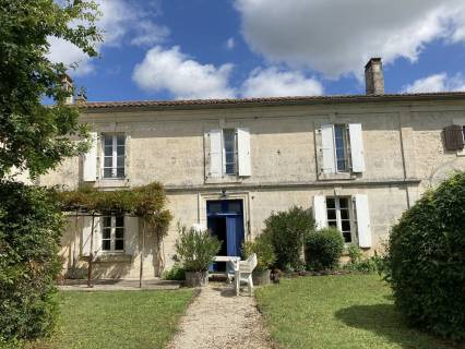 Property for sale Ronsenac Charente