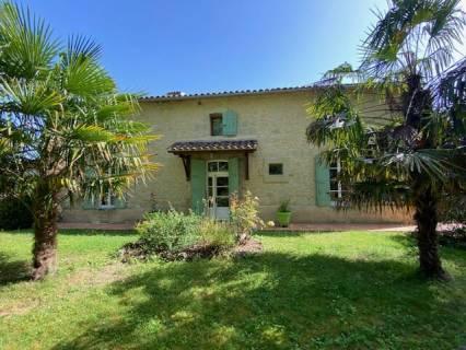 Property for sale Montignac De Lauzun Lot-et-Garonne
