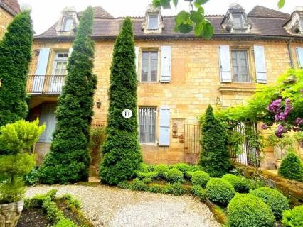 Property for sale SAINT CYPRIEN Dordogne