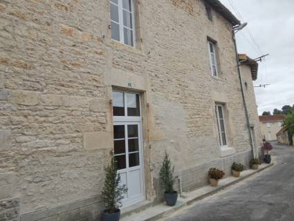 Property for sale CHAMPAGNE MOUTON Charente