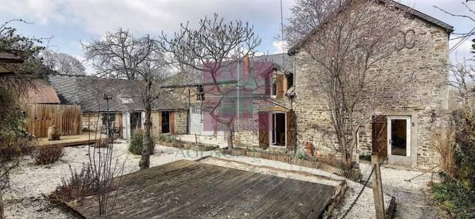 Property for sale ST JULIEN DU TERROUX Mayenne