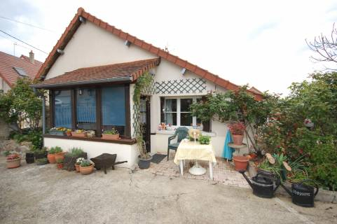 Property for sale Bazaiges Indre