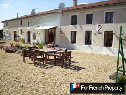 Property for sale Fontaine-Chalendray Charente-Maritime