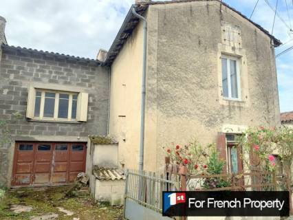 Property for sale Fouqueure Charente