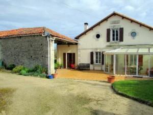 Gite-property-Charente